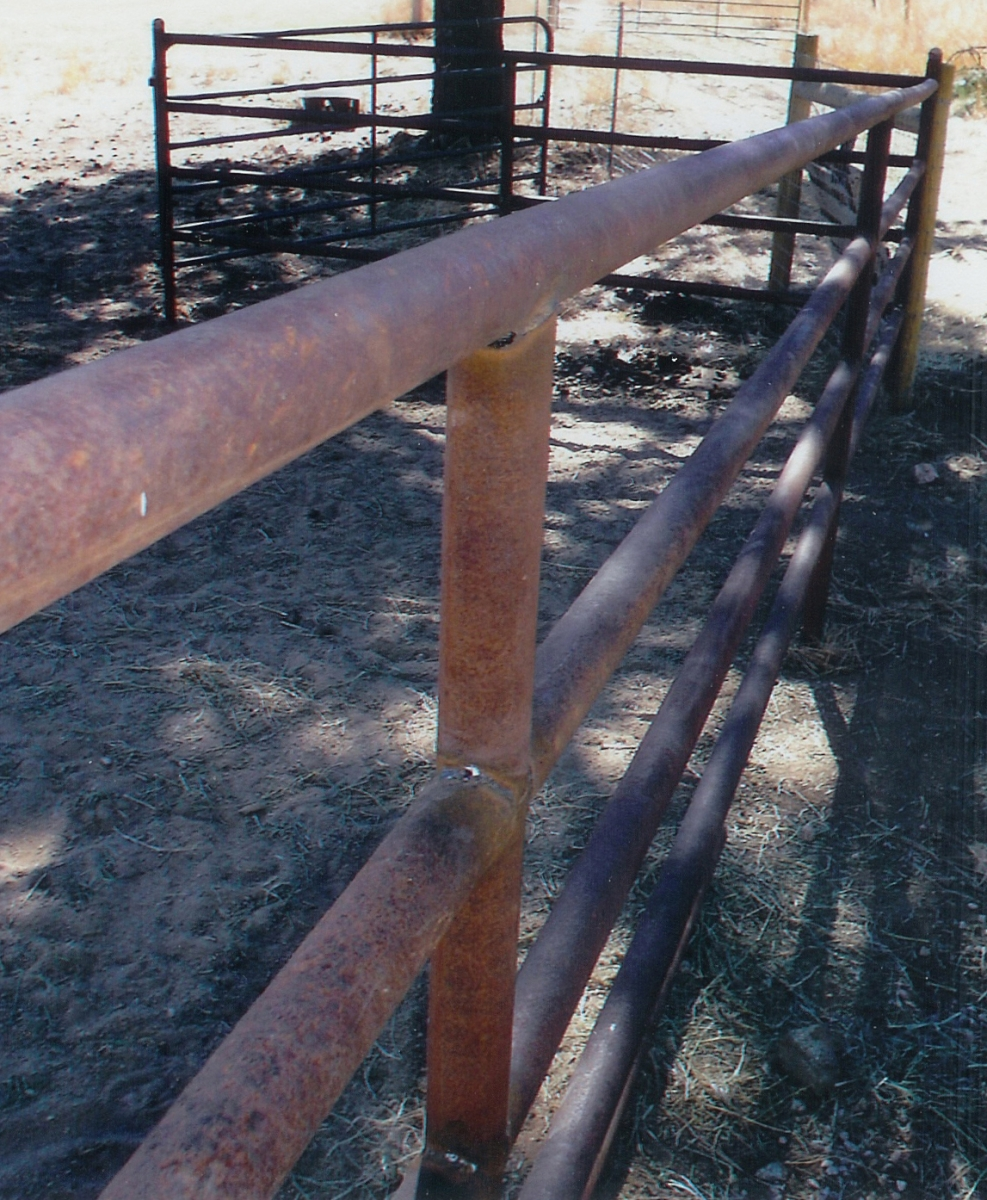 Corrals & Pipe Fence - High Country Fence