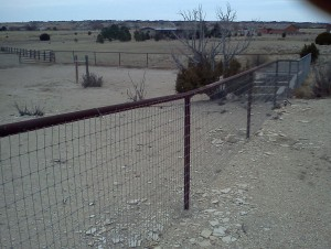 PipeHorseFence2